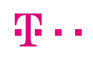 OPINIE O T MOBILE. LOGO